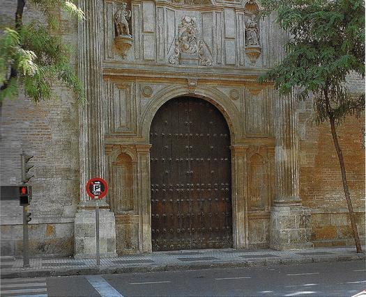 Fachada de la iglesia de la Anunciación, cedida a la universidad tras la expulsión de los Jesuitas en 1767.