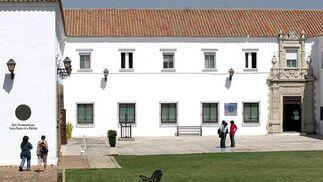 Fachada de la sede de la UNIA en La Rábida (Huelva)  Foto: JOSUÉ CORREA