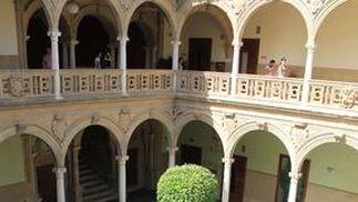 Interior del palacio de Jabalquinto, que acoge la actividad académica de la UNIA en Baeza.