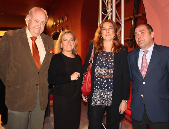 Jesús Amores (FCC), Mercedes Gallardo (Grupo Imagen), Guadalupe García Borrega y Curro Gallardo (Grupo Imagen).  Foto: Victoria Ramírez
