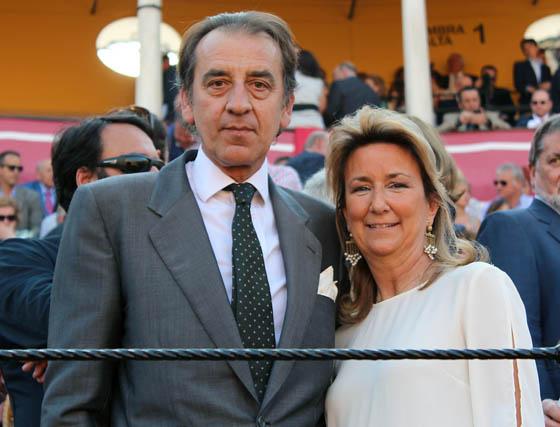 Manuel Ruiz Rojas (Fundación Caja Rural del Sur) y su esposa, Mariona Pou.  Foto: Victoria Ramírez