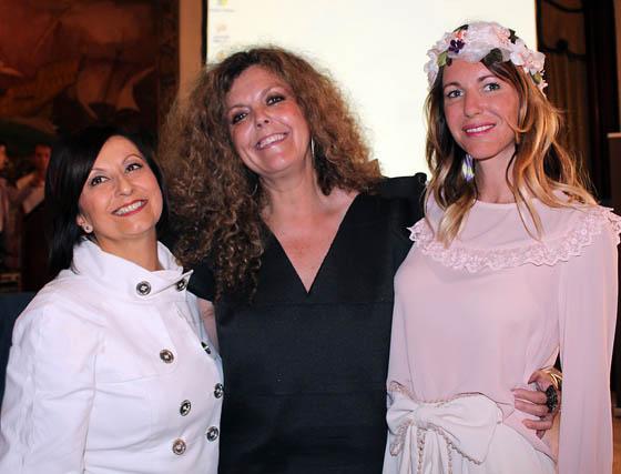 Clara Guzmán, Concha Pérez-Curiel y Vega Royo-Villanova, ponentes.  Foto: Victoria Ramírez