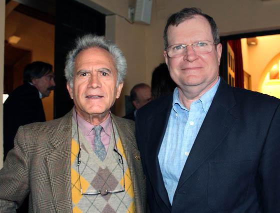 Los académicos de Bellas Artes Fernando Fernández y Juan Lacomba.  Foto: Victoria Ramírez