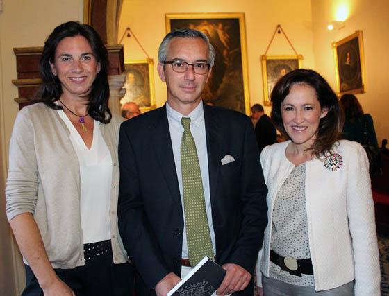 Isabel Zamora, Tristán Ybarra y María O´Neill.  Foto: Victoria Ramírez