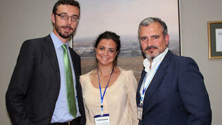 Rafael Landín (Fundación Iberdrola), con Leticia González Castellanos y Víctor J. Gordillo (Fundación Unicef Comité Español).  Foto: Victoria Ramírez