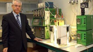 El catedrático de la Universidad de Sevilla y actual director del CSIC, Miguel García Guerrero, asesor científico de Algaenergy.