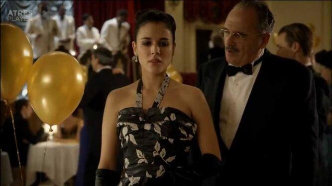 El actor Carlos Olalla en 'El tiempo entre costuras'.