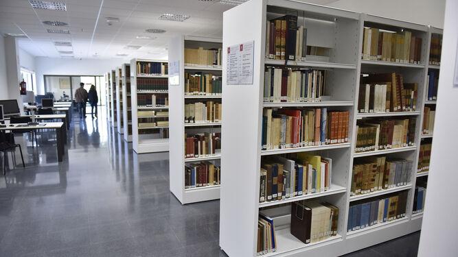 Interior de la nueva biblioteca.